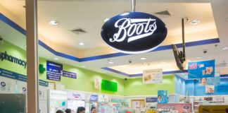 Boots' first UK chair Elizabeth Fagan steps down