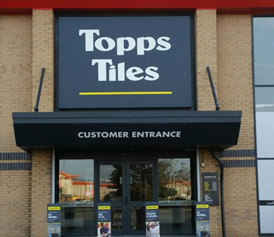 Topps Tiles issues profit warning