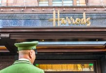 Harrods security guards strike