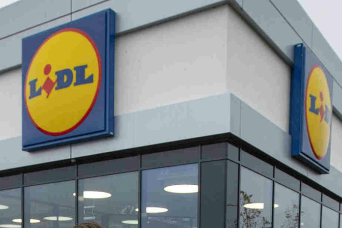 Lidl rolls out food donation boxes to support local communities