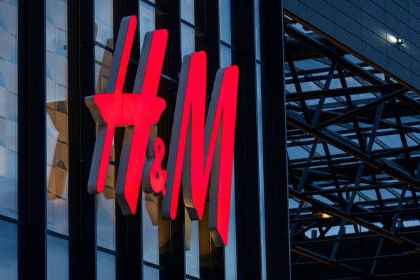 H&M jobs factory covid-19