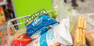 Grocers enjoy biggest sales jump in 26 years