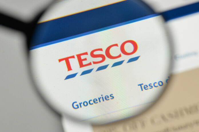 Tesco shareholders reject £6.4m golden handshake for outgoing CEO