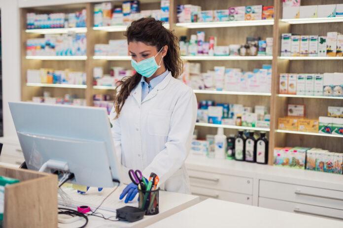 face mask pharmacy covid-19 pandemic