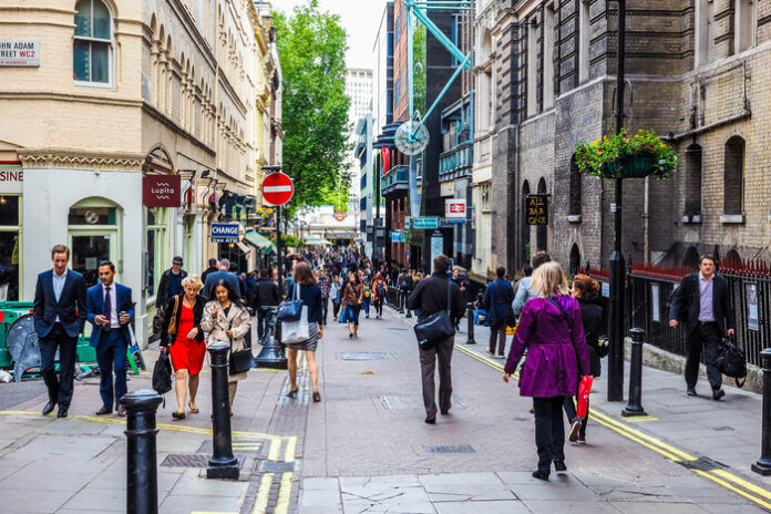 UK footfall recovery was sluggish in week leading up