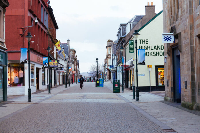 Labour warns on high street