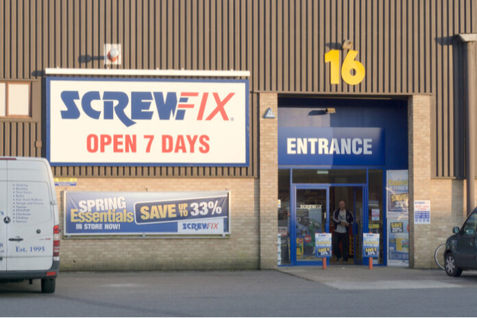 Screwfix kingfisher new jobs new store openings covid-19 John Mewett