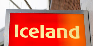 Iceland hires 3000 new workers amid online boom