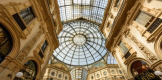 Italy travel tourism covid-19 pandemic lockdown coronavirus second wave Italian retail