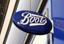 Boots covid-19 pandemic lockdown Walgreens Boots Alliance