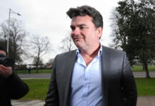 Ex-BHS owner Dominic Chappell hits out at advisers & Sir Philip Green during tax trial