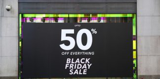 Black Friday online shopping covid-19 pandemic lockdown