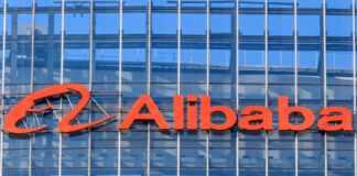 Alibaba Farfetch investment luxury