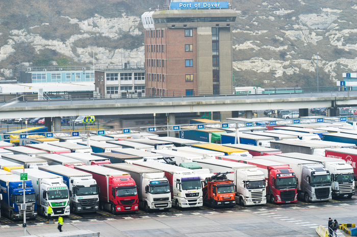 Dover port closure france ban covid-19