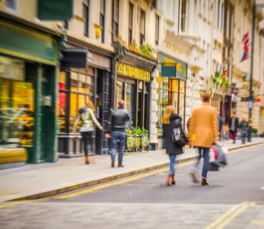 New data has revealed that footfall across all UK retail destinations increased by just 0.9 per centlast week from the previous seven day period.