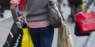 Retail sales rebound in February as shoppers buy online