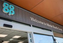Co-op hands executives bonuses as it withholds £66m taxpayer funds
