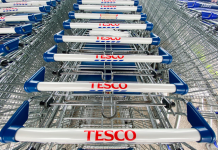 EU court backs Tesco workers in dispute over equal pay