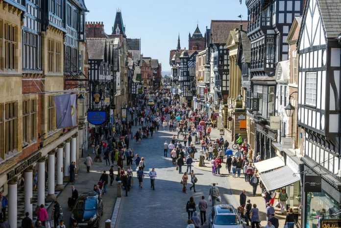 Footfall across UK retail destinations rose by 1.4% last week, compared to the week before, as the school summer holiday period begun.