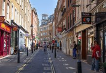 High street recovery stutters after initial surge in footfall