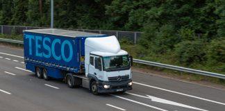 Tesco offers £1000 bonus to new HGV drivers amid shortage crisis