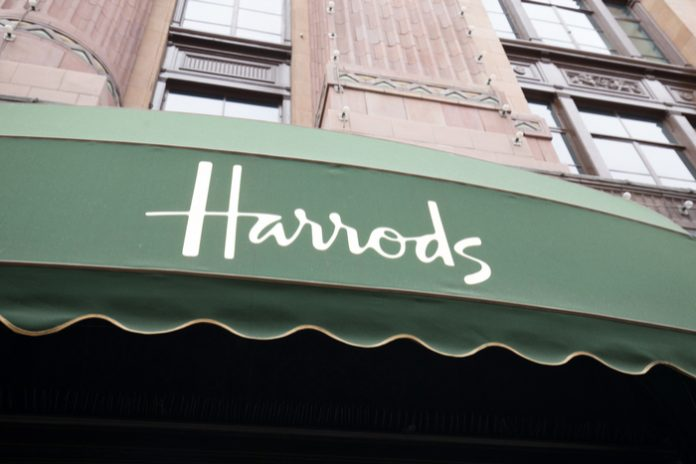 Harrods to remove plastic carrier bags