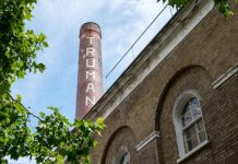 Plans for office space, shops and restaurants on the site of the Old Truman Brewery have been given the go-ahead by councillors.