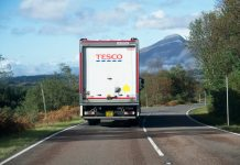 Tesco lorry drivers and warehouse workers reject pay offer, union reveals