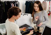 Retail customer satisfaction sees longest period of decline since records began