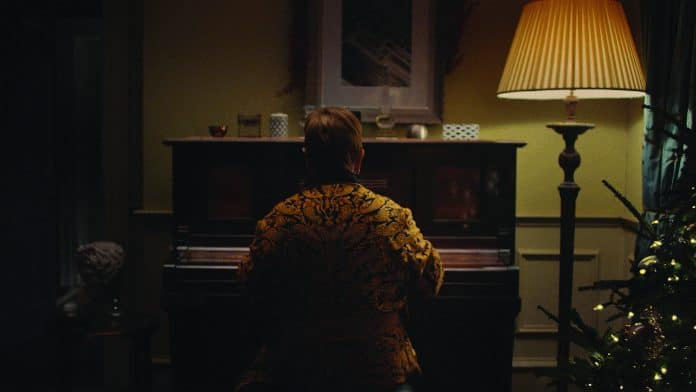 Elton John stars in John Lewis' Christmas advert - Retail