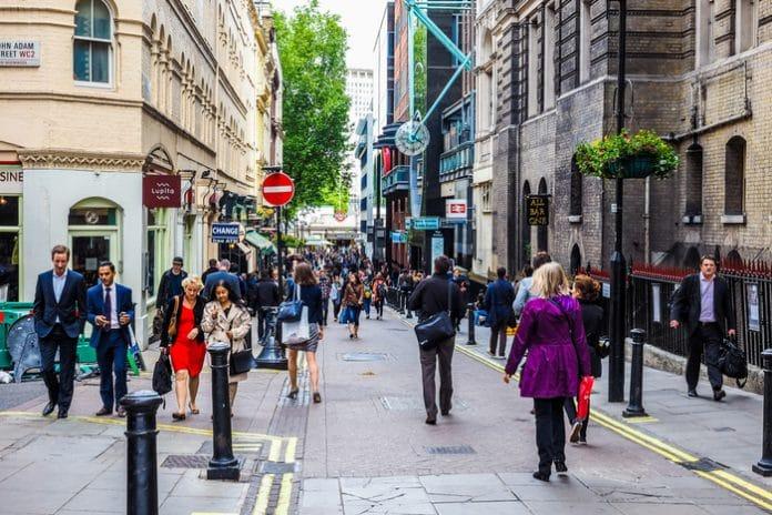 BRC-Springboard Footfall and Vacancies Monitor: HIGH STREET FOOTFALL DECLINES AGAIN AS BRITS PICK RETAIL PARKS