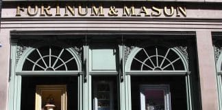 Fortnum & Mason bags Luxury Retailer of the Year award