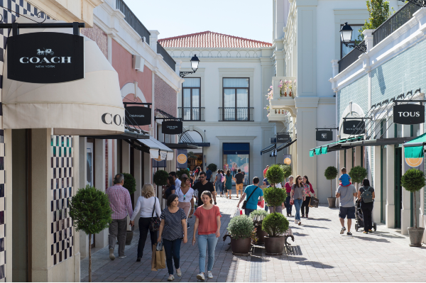 VIA Outlets accelerates growth as 2019 proves another successful year, reporting an 8.4% increase in brand sales & 6.1% footfall.