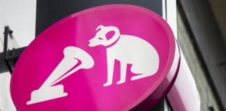 HMV warns of store closures & job cuts if landlord negotiations unsuccessful