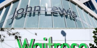 John Lewis Partnership weekly sales tumble 2.9%
