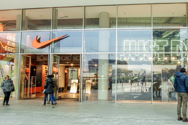 Nike pulls shoe line from China after