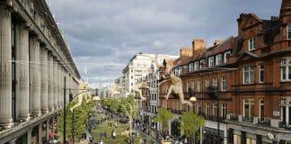 Oxford Street traffic-free