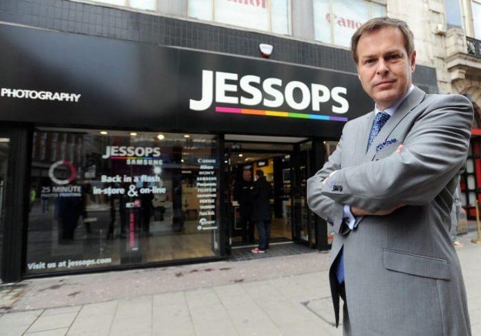 Peter Jones mulls Jessops administration
