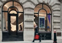 Luxury resale site Xupes has opened the doors to its first bricks-and-mortar store in London's Royal Stock Exchange.Xupes source and sell luxury pre-owned handbags, jewellery, watches and art in store and on their site.