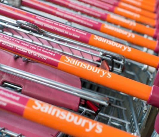 Mince pies for dogs? Sainsburys trials in-store Pet Hubs