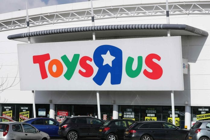 Toys R Us collapse
