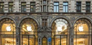 Apple trading update