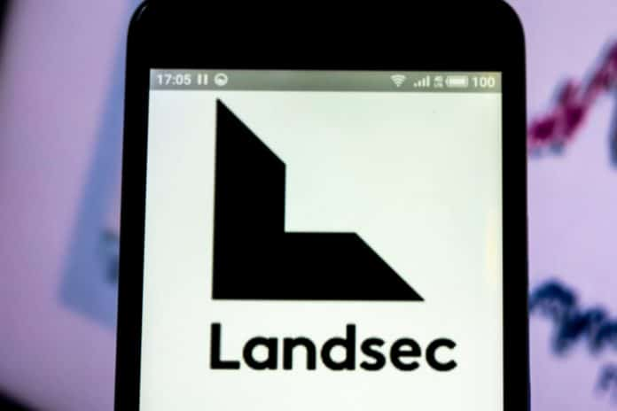 Landsec blames retail woes as it swings to half-year loss
