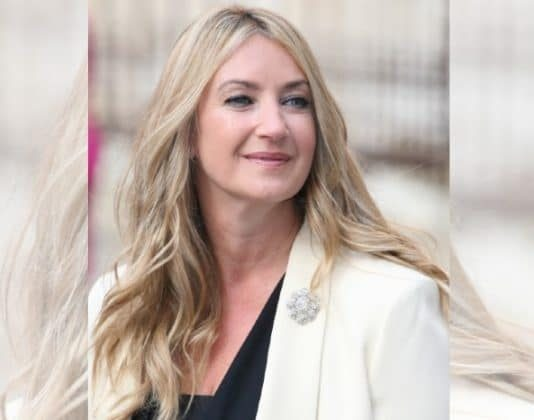 British designer Anya Hindmarch has regained joint ownership of her eponymous luxury handbag company after leading a turnaround.