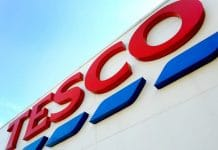 Tesco CEO Dave Lewis plastic packaging war on plastic plastic bags plastic waste Big 4